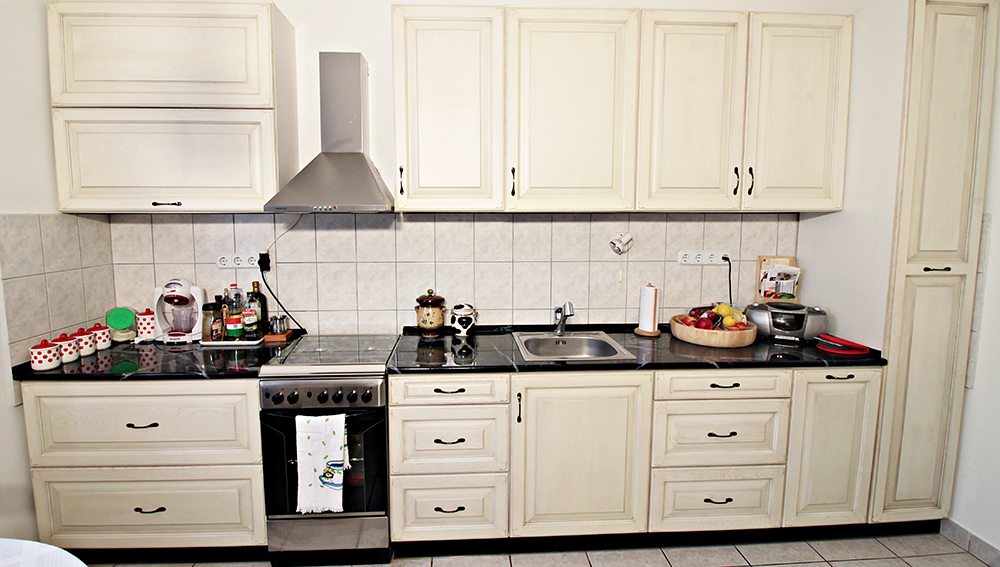 Rusztikus konyhabútor Szentendrén  Corteza - egyedi bútor készítés